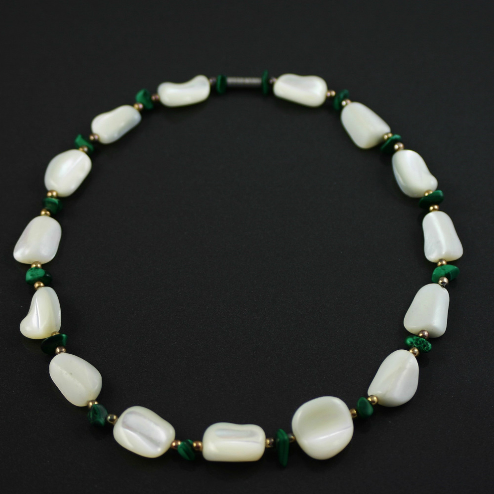 White agate and Malachite Necklace