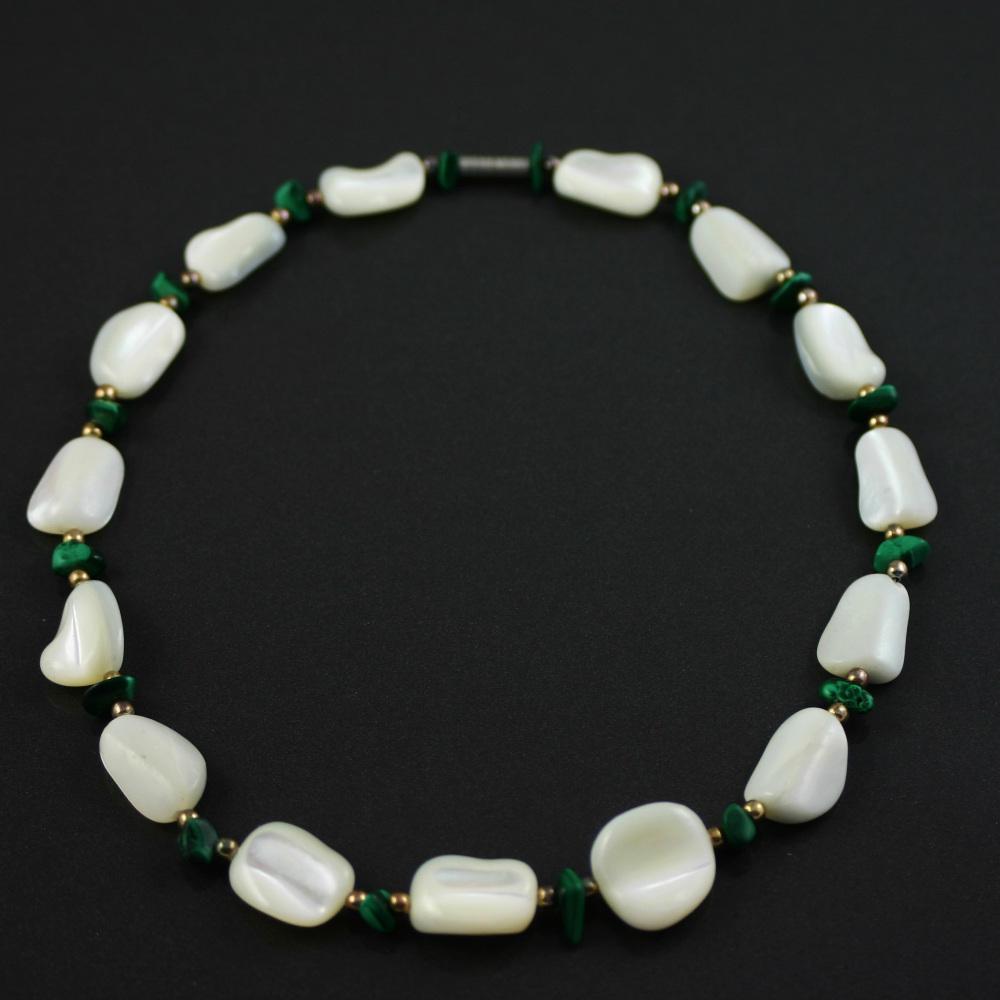 White agate and Malachite Necklace