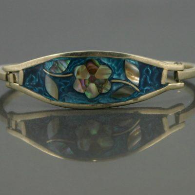 Mother of pearl bracelet circa 1970