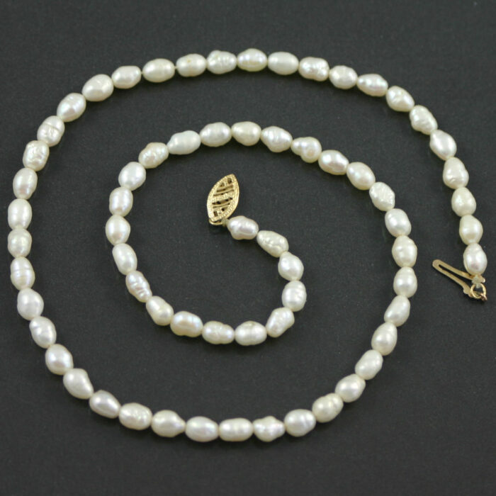 Single Strand Baroque pearl necklace circa 1960s