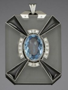 Art-Deco-period-jewellery-diamond-pendant