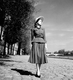 Christian Dior`s new Look in 1947