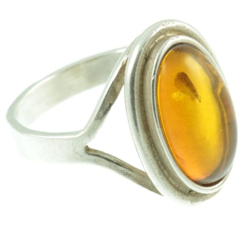 1950s amber ring - side view