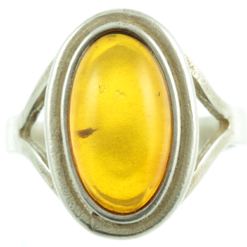 1950s amber ring - front view