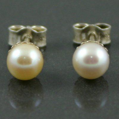 1950s sterling silver pearl earrings