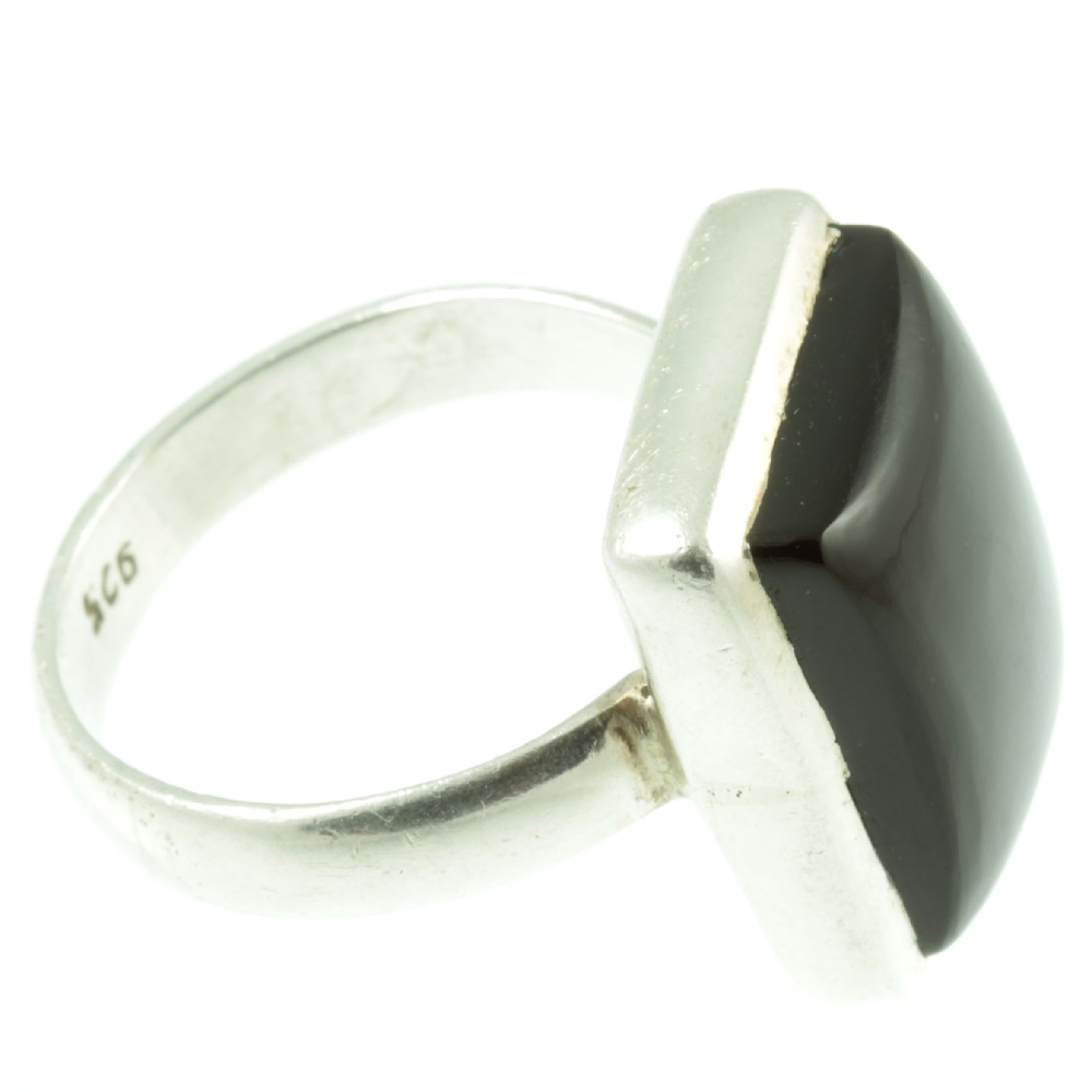 Black Onyx sterling silver ring - side view