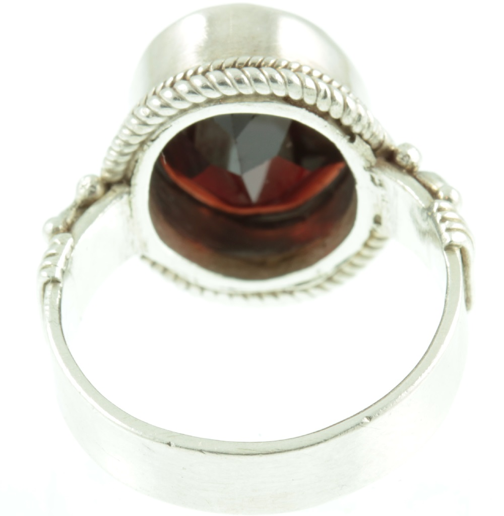 Garnet and sterling silver ring - inside view