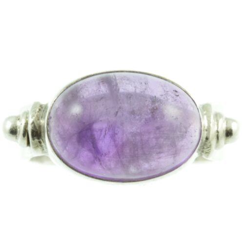 Oval Cabochon Amethyst ring - front view