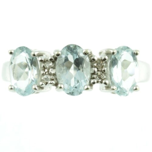 Three stone aquamarine ring - front view