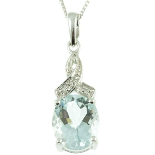 9ct Gold Aquamarine & Diamond Pendant