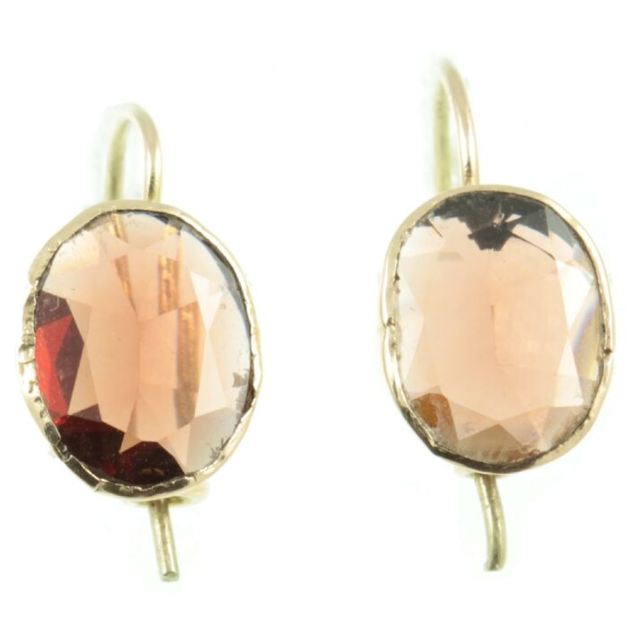 Victorian 9ct gold Garnet Earrings