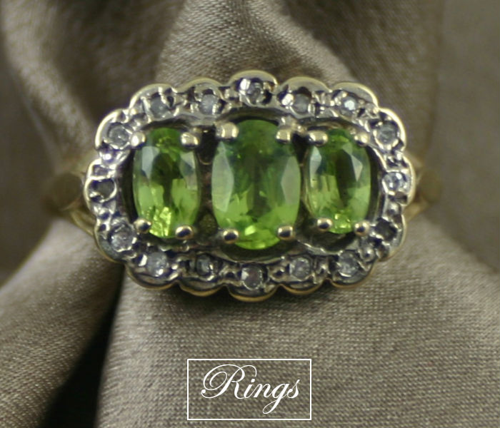 antique rings and vintage rings