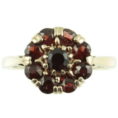 Victorian 9ct gold garnet ring
