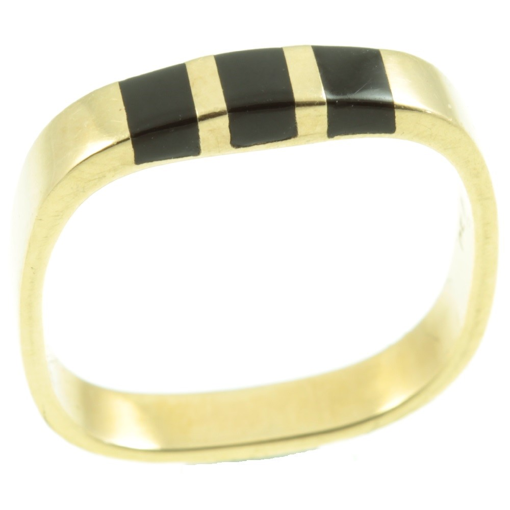 18ct gold onyx ring