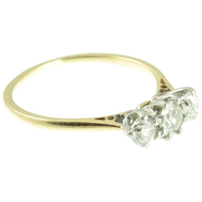 18ct gold Three stone diamond ring