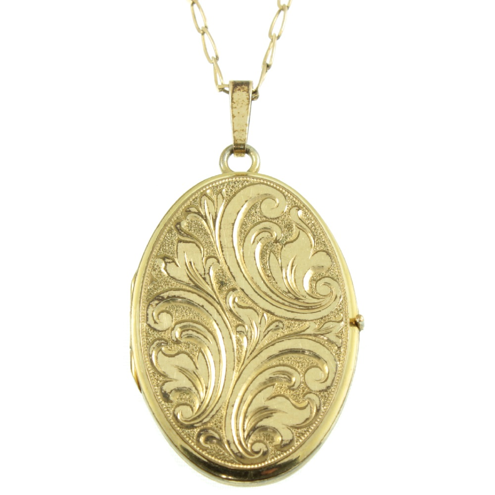 Art Deco Rolled gold Oval Locket