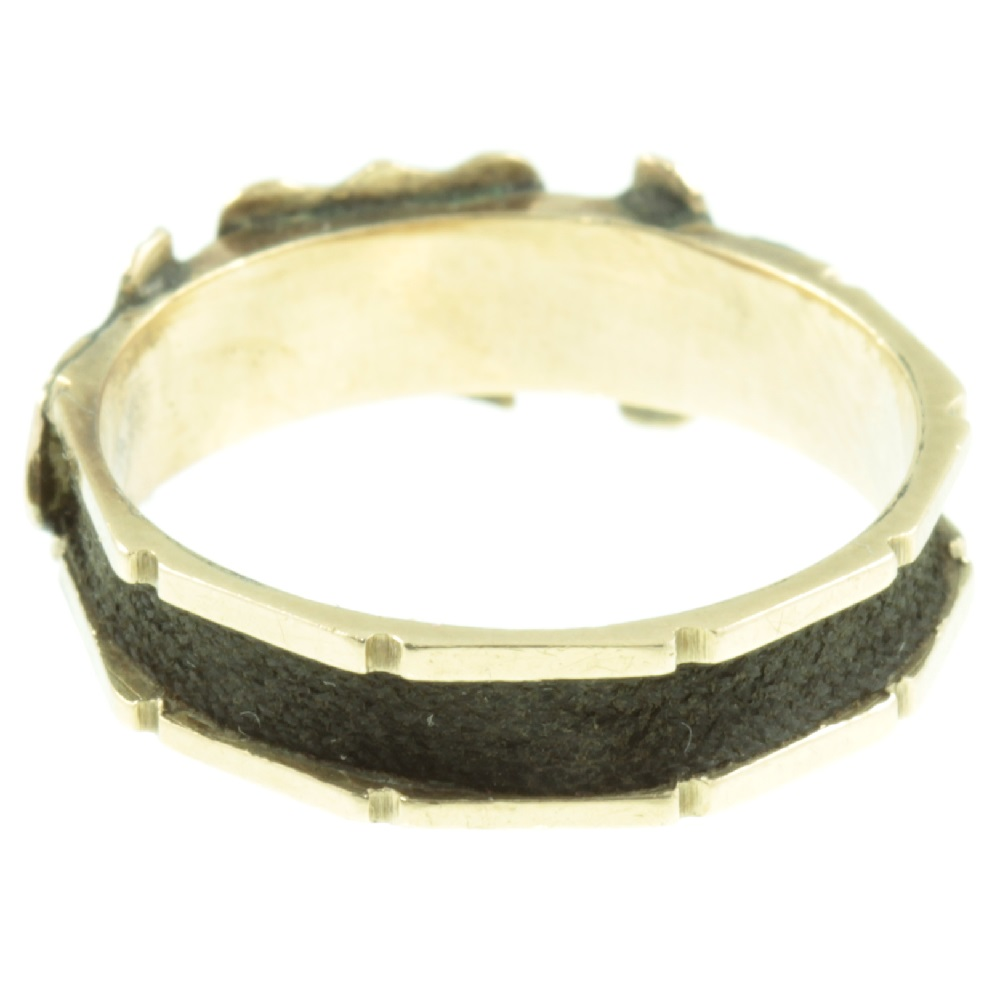 Victorian 15ct Gold Mourning ring