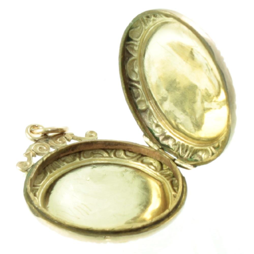 Art Nouveau 9ct gold Locket